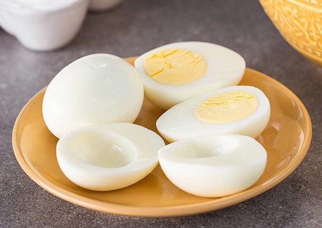 Không phải lòng đỏ, lòng trắng trứng mới giàu dinh dưỡng và tốt cho cơ thể